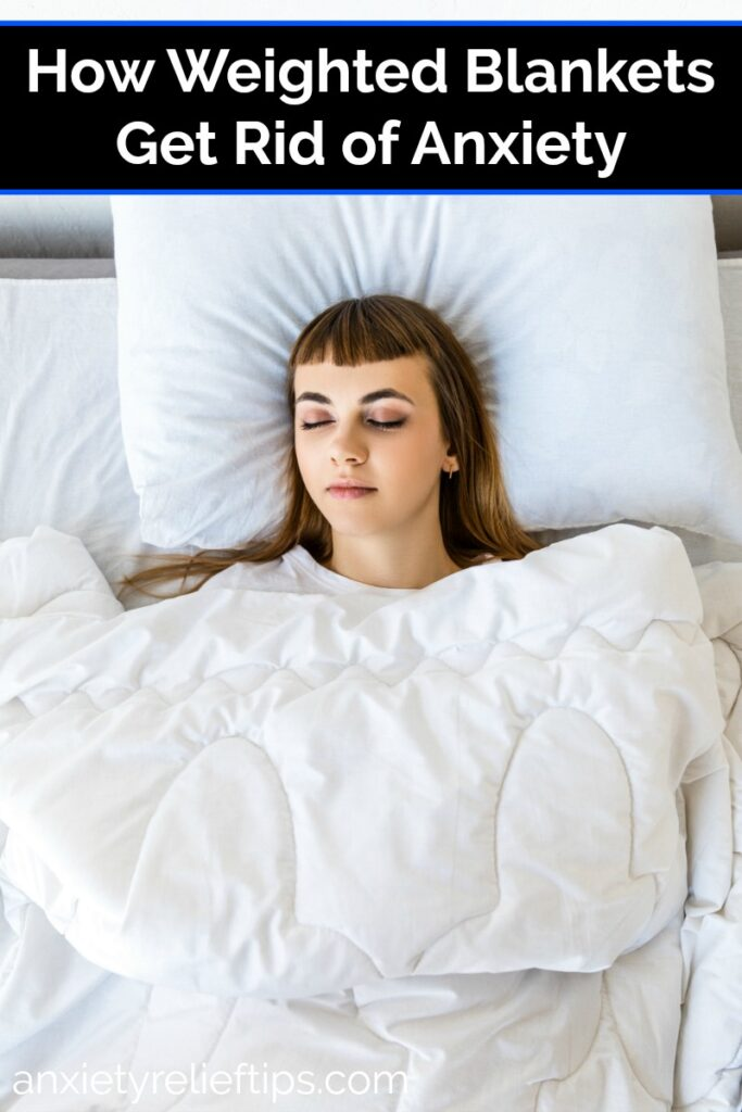 Many people deal with stress and anxiety and are looking for coping methods. Weighted blankets are a great tool for reducing anxious feelings of panic.